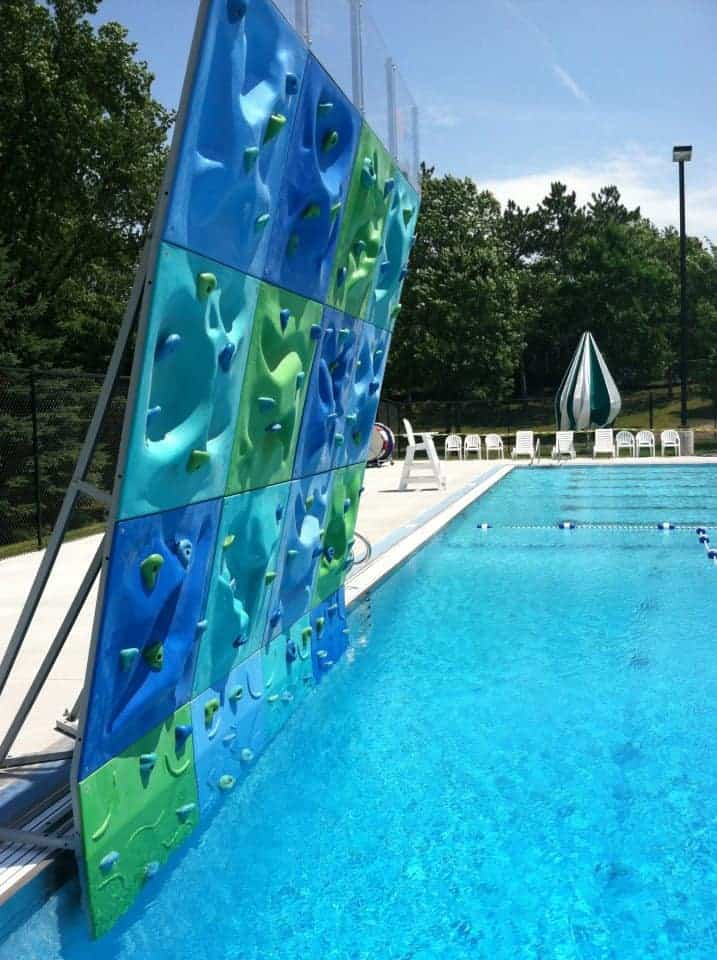 Aquatic center for Pool design hours